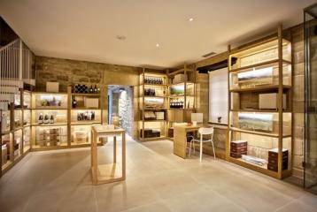 Bodegas Ostatu - Sala degustación y tienda