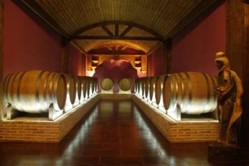 Bodegas Francisco Gómez - Ermita del Fondillón: Dónde albergamos nuestra joya enológica: el famoso Fondillón de Alicante.