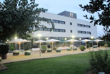 Breas Hotel **** - Vista panorámica jardin - Hotel