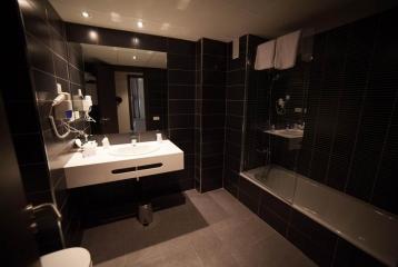Breas Hotel **** - Baño Hb. Familiar