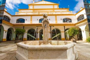 Hotel Cortijo Santa Cruz - Hotel Cortijo Santa Cruz, patio