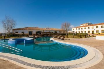 Hotel Cortijo Santa Cruz - Hotel Cortijo Santa Cruz, piscina