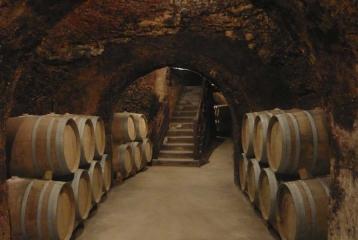 Bodegas Jesús Díaz e Hijos - Descubre cómo producimos nuestros vinos artesanales en Colmenar de Oreja | Bodegas Jesús Díaz e Hijos