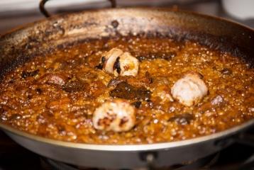 Restaurant el Centre - Arroz con setas y salchichas picantes