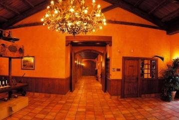 Bodega Luis Cañas - Entrada a bodega