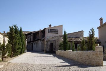 Bodegas y Viñedos Alfredo Santamaría - Otra vista exterior