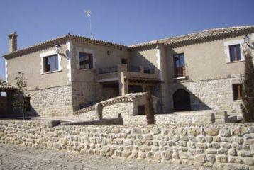 Bodegas y Viñedos Alfredo Santamaría - Otra vista de la fachada