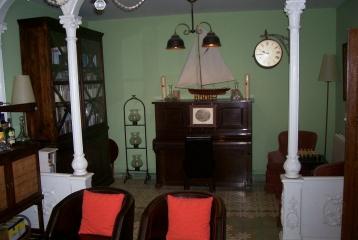 Quinta del Canal - El piano del salón