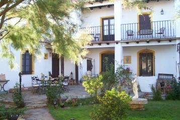 Quinta del Canal - jardín y casa