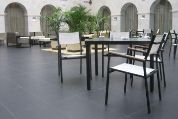 Hotel Convento San Esteban - Otra vista el claustro