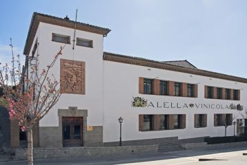 Fachada Principal de Alella Vinicola.