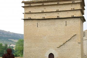 Bodega Otazu - Torre de Defensa, siglo XIV
