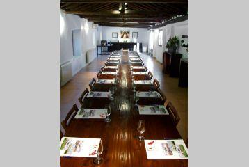 Bodegas y Viñedos Casa del Valle - Sala de reuniones
