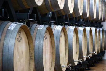 Bodega de Alboloduy - La solera de los vinos de la bodega de Alboloduy se logra en las barricas de roble.