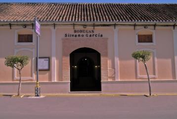 Bodegas Silvano García - Fachada bodega