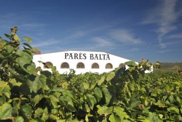 Bodegas Parés Baltà - Masía Parés Baltà