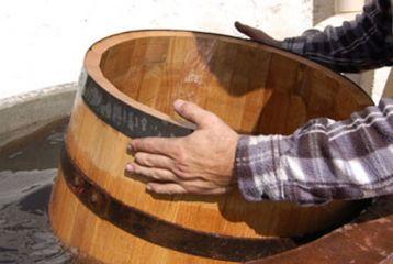 Centro de Interpretación del Vino y la Tonelería Artesana - Curso de viticultura. Fabricando el tonel
