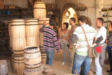 Centro de Interpretación del Vino y la Tonelería Artesana - Visita al taller de tonelería