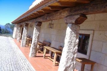 Bodegas Coto Redondo - Detalle fachada
