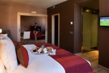 Burgo de Osma - Desayuno en la habitación Suite