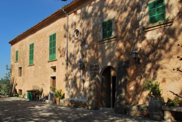 Finca Son Sureda Ric - fachada de la casa principal