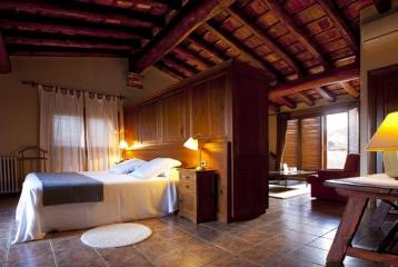 Hotel-Hostal Sport - Suite Mansarda