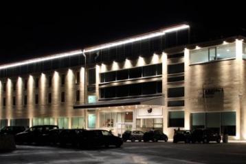 Hotel & Spa Arzuaga Navarro - Fachada noche