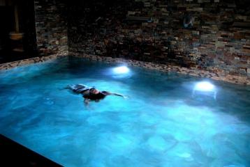 Kinedomus Bienestar - Baño relajante después de un día de enoturismo