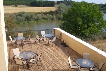 Kinedomus Bienestar - Terraza con vistas al Duero