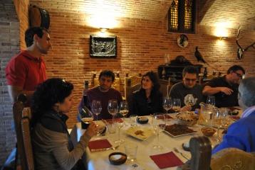 Finca Río Negro - Degustación de vinos y aperitivos durante una visita