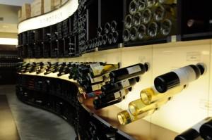 Lavinia: Atractiva colocación del vino