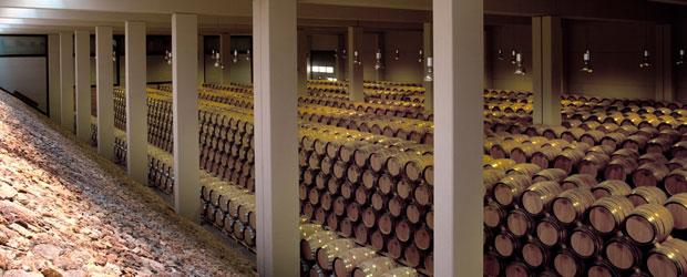 F.A.-nave-de-barrricas--F.A.-barrel-cellar_620x250